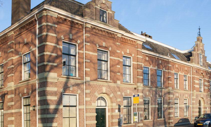 Schilderwerk VVE Indiana IJsselkade te Kampen